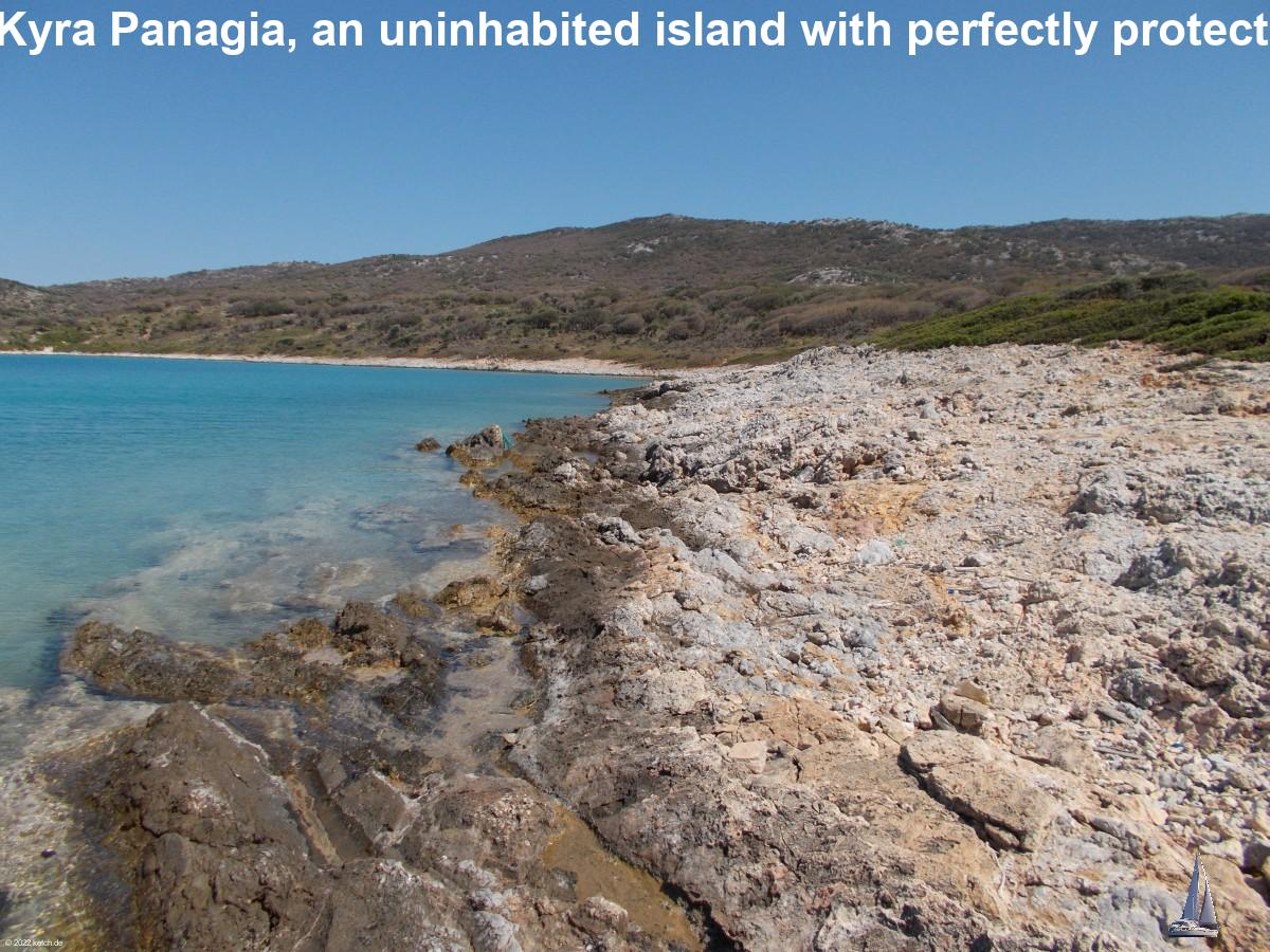 Nisos Kyra Panagia, an uninhabited island with perfectly protected bay